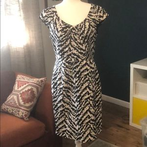 Adrianna Papell fitted black and white dress